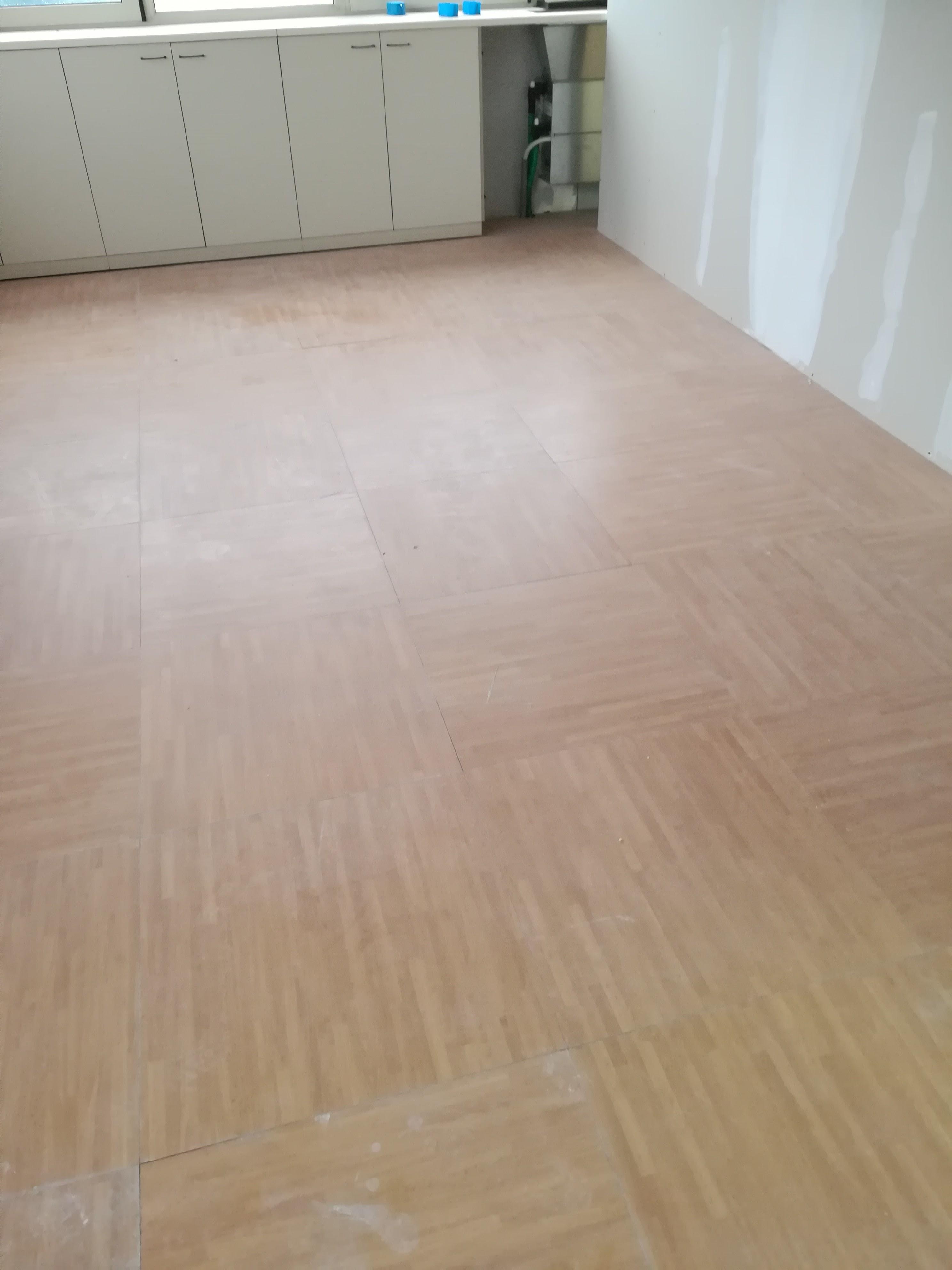 Verniciare pavimento garage - Primer per piastrelle ...